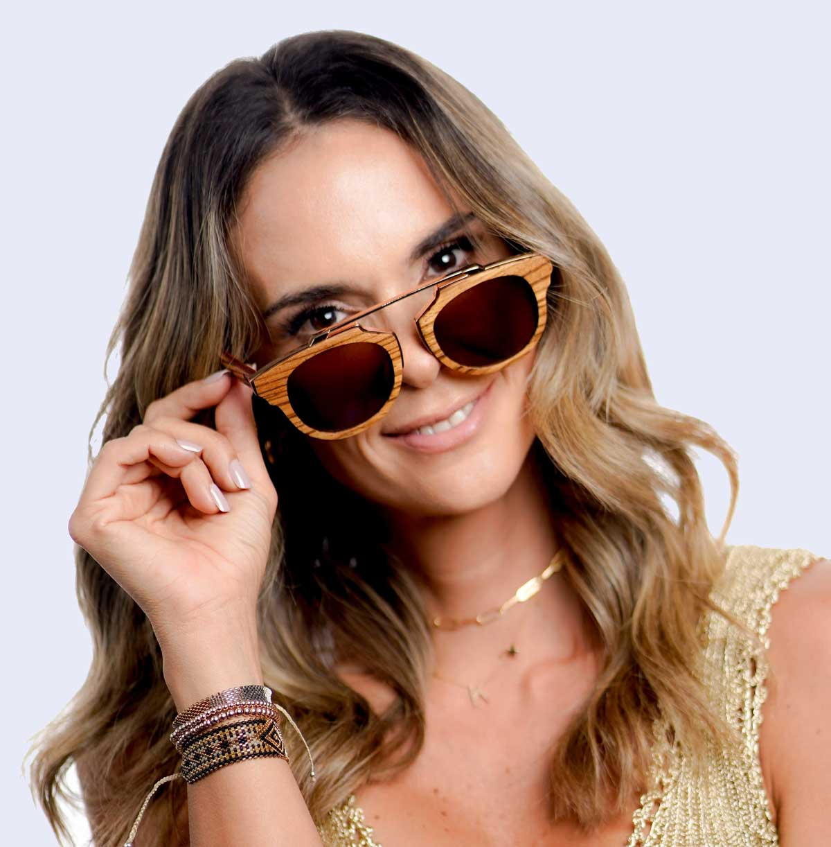 Wooden sunglasses as a natural trend