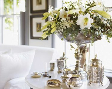home decor with fresh flowers