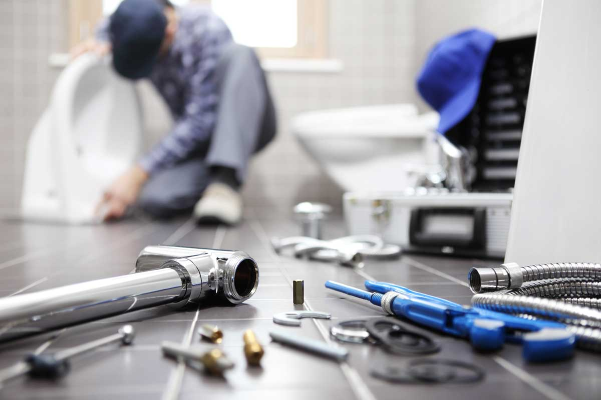 The Importance of Hiring a Plumber