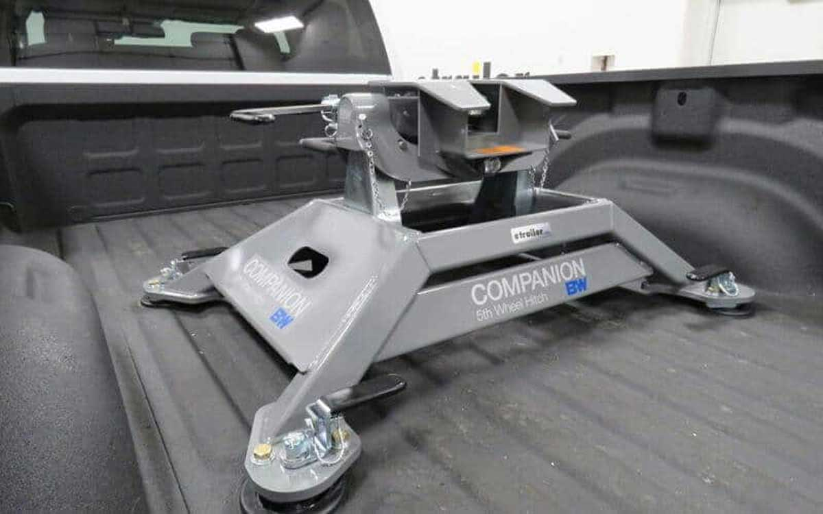 Why Choose the 5th Wheel Hitch