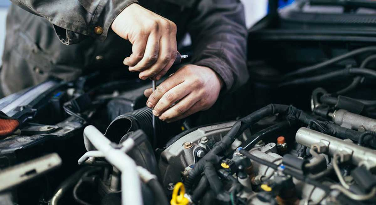 5 Common Signs That You Need an Engine Repair