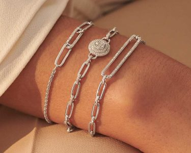 Bracelet Can Improve Your Outfit