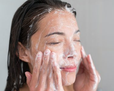 Right Facial Cleanser